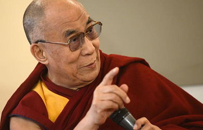 """En 1989, el XIV Dalái Lama aseguró: """"Hay una colonia de leprosos en la India a la que siempre he querido donar algo de dinero"""". Foto: EFE"""