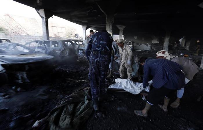 Bombardeo en Yemen deja más de 150 muertos