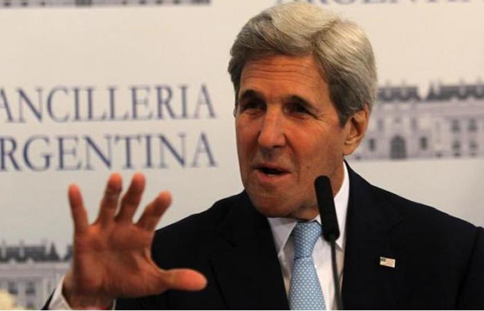 Kerry elogió su compromiso con la paz tras el referéndum. Foto: EFE