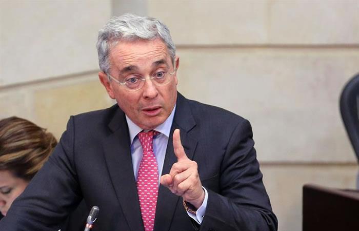 Álvaro Uribe: ¿Son o no aplicables sus propuestas?