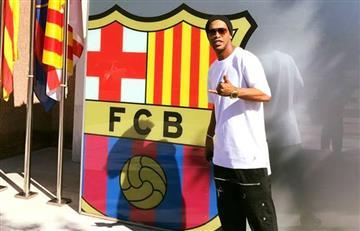 Ronaldinho vuelve a ser fichado por el Barcelona