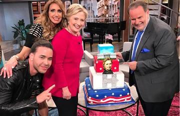 Hillary Clinton celebró su cumpleaños a ritmo de'Vivir la vida'