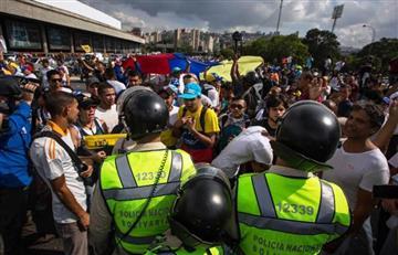 Venezuela: Un policía muerto en manifestación opositora