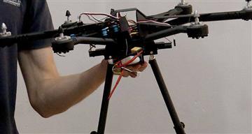 Estudiantes crearon un dron diseñado a través de impresión 3D