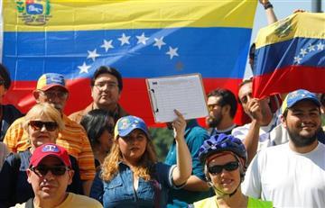 ¿Colombia apoya el diálogo en Venezuela?