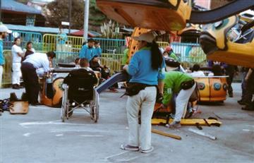 Accidente en Mundo Aventura deja al menos diez afectados