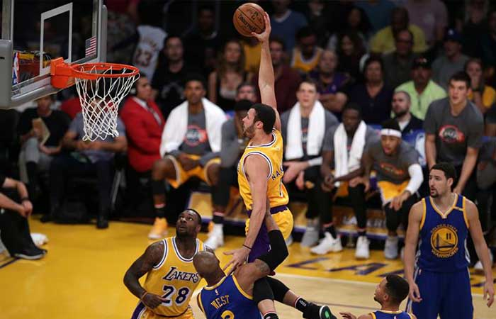 NBA: Derrota sorpresa de Warriors ante Lakers
