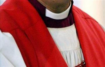 Falso sacerdote huyó con $3 mil millones