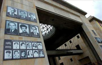 Palacio de Justicia: 31 años después piden honrar a militares