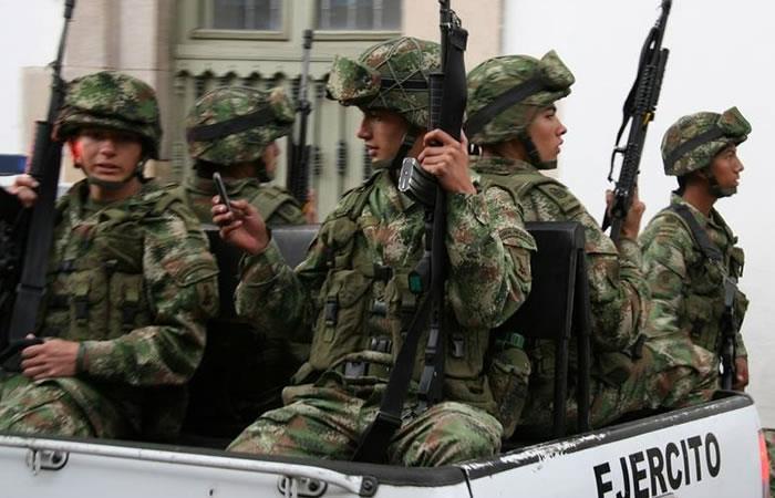 Senado aprueba ascenso de militares involucrados en falsos positivos