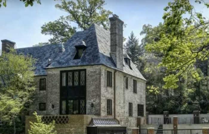 Obama y su futura mansión de nueve habitaciones