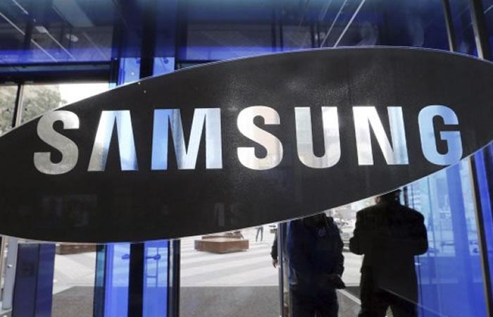 Samsung revela el diseño de su móvil plegable Galaxy X