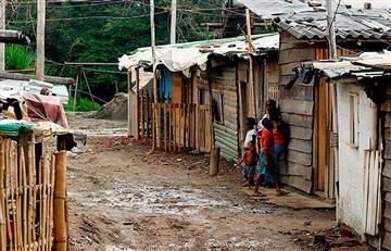 Colombia y China firman alianza para cooperar en lucha contra la pobreza
