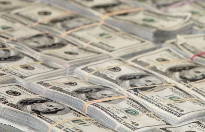 Una millonada de dólares falsos iba a entrar a Colombia