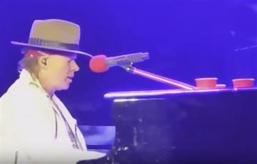 YouTube: Axl Rose víctima de fenómeno paranormal en concierto