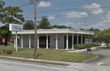 Estados Unidos: Reportan robo y toma de rehenes en banco