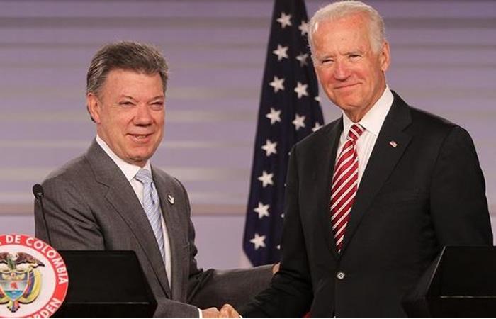 Biden aconseja a Santos para poder conquistar a Trump