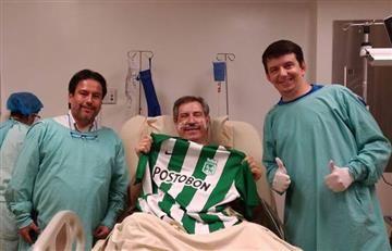 Chapecoense: sobreviviente posó con la camiseta de Atlético Nacional