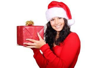 YouTube: ¿Cómo envolver los regalos de forma sencilla y rápida?