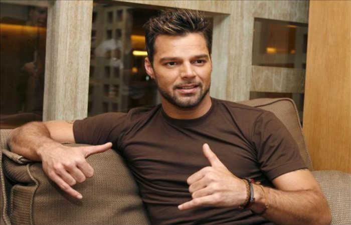 Ricky Martin y su sexy novio en la playa