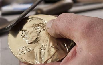 Santos: Medalla de Nobel de Paz es de origen colombiano