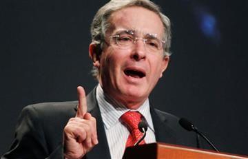 """Álvaro Uribe: """"Da impunidad y premio al terrorismo"""""""