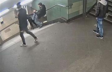 Berlín: Brutal agresión a mujer dentro del metro