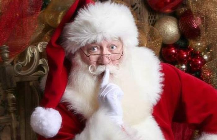 YouTube: Un niño enfermo muere en brazos de Papá Noel