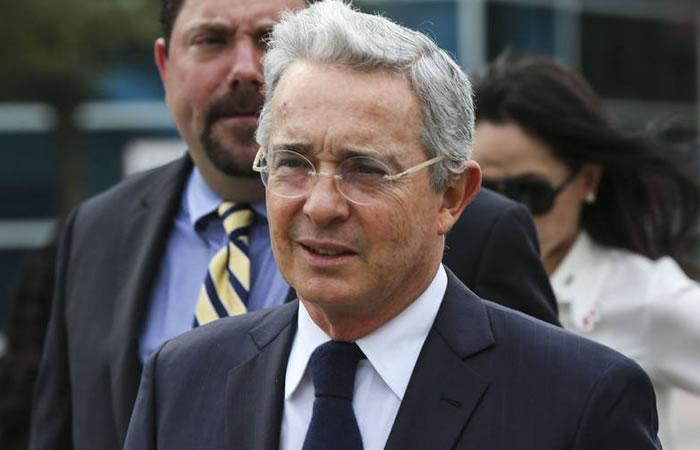 Uribe le dijo