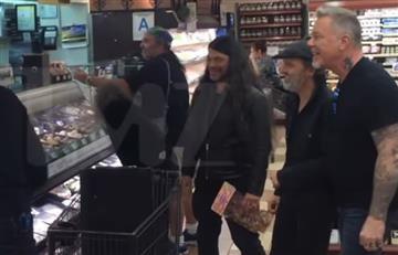 Metallica sorprende a los fans en un supermercado