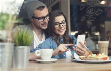 ¿Las parejas que publican todo en redes son felices?