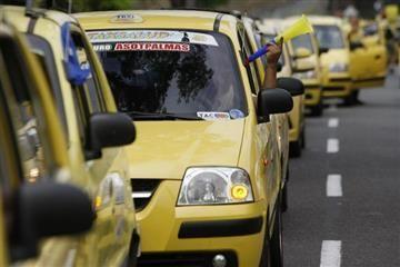 Medellín: Taxistas pagarán multa por negarse a prestar servicio