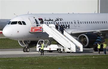 Rehenes del avión libio son liberados