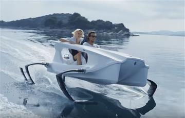 Quadrofoil: El coche eléctrico que transita sobre el agua