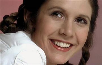 Carrie Fisher se molestó por este traje en Star Wars