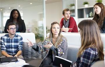 Declaran la 'reunionitis' como enfermedad laboral