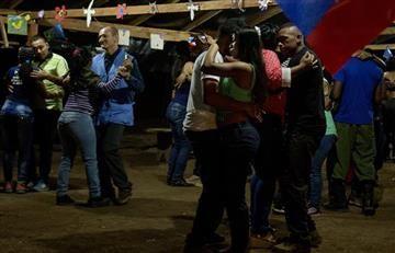 Farc: guerrilleros celebran su primer año nuevo en paz