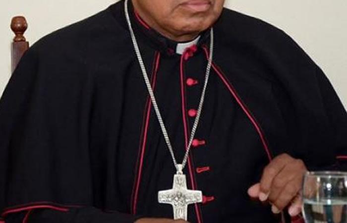 """Arzobispo: La pedofilia y los feminicidios """"son culpa del divorcio"""""""