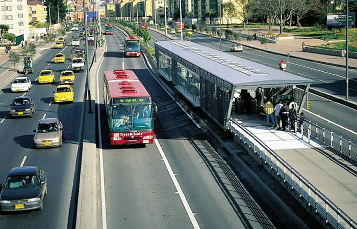 Bogotá: Imponen pico y placa para vehículos con más de tres pasajeros