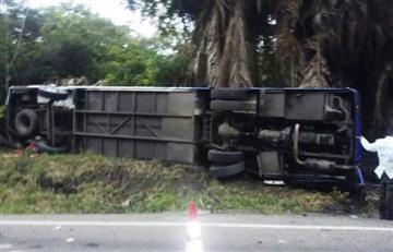 Accidente de tránsito dejó cinco muertos y 14 heridos en Puerto Salgar