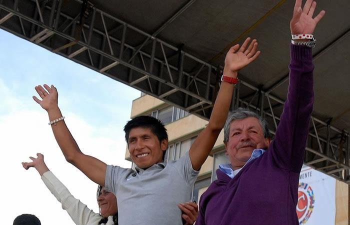 Nairo Quintana apoya a los suyos con este acto