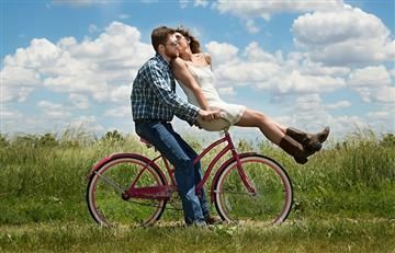 Tinder: la solución para una soltería estable