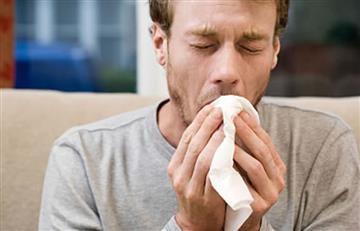 ¿Existe una relación entre el sexo y los estornudos?