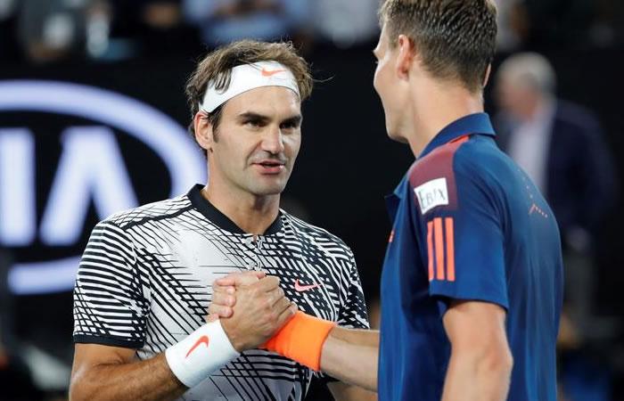 Roger Federer vence a Berdych y avanza a la siguiente ronda