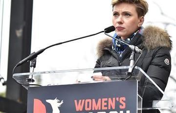 """Scarlett Johansson a Trump: """"Quiero apoyarte, pero apóyame a mí"""""""
