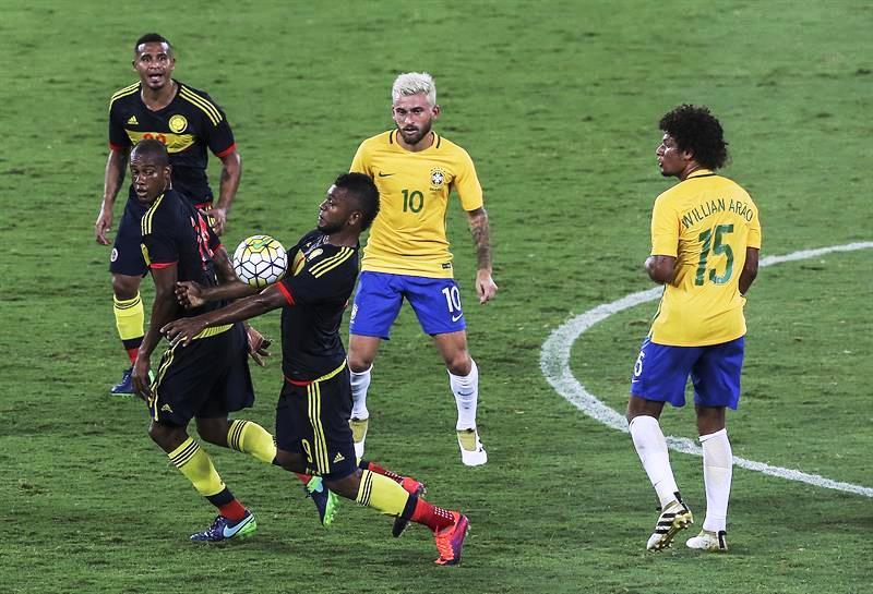 En fotos y video, el partido homenaje a Chapecoense entre Brasil y Colombia