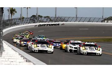 Yacamán y Saavedra correrán las 24 horas de Daytona