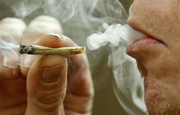 'Fumaton' de marihuana en protesta por nuevo Código de Policía
