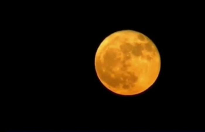Luna y Aldebarán. Foto: Youtube