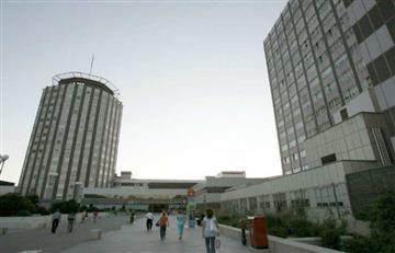 España: Hombre se lanza al vacío con su bebé